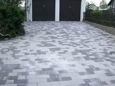 was kostet eine terrasse garageneinfahrt pflastern kosten garageneinfahrt