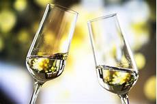 bicchieri per prosecco due bicchieri scaricare foto gratis