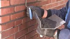 alte ziegelmauer sanieren mauern mit klinkern anleitungsvideo zum bauen einer