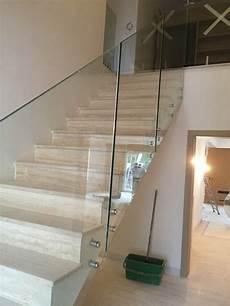 garde corps pour escalier fourniture et pose d un garde corps en verre pour escalier