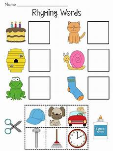 rhyming worksheets for preschoolers free printable cut and paste rhyming worksheets for kindergarten 1 dots phonics pinterest