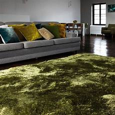 tapis vert foncé tapis vert fonc 233 tr 232 s moelleux tiss 233 224 la