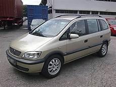 2002 Opel Zafira Photos