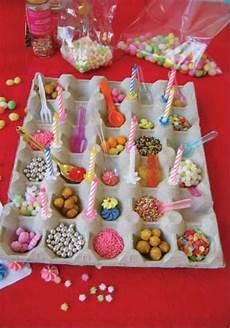 idee deco bonbon pour anniversaire un grand plateau 224 œufs des d 233 corations des bonbons