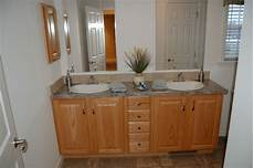 Bathroom Ideas With Oak Cabinets by Bathroom Vanity Cabinets Oak Easyhometips Org