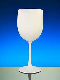 verre a vin en plastique reutilisable