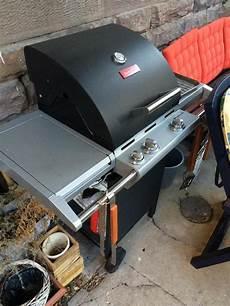 gasgrill für den balkon barbecook gasgrill impuls 3 0 black wie neu in