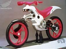 Honda Mantis 2 Roues Motrices Moto Moto