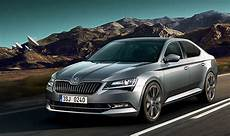 Skoda Superb 2017 New Car Gets Safety And Comfort