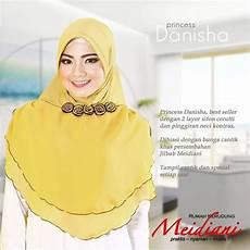 Jilbab Praktis Cantik Dengan Potongan Design Simple Yang