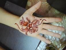 Galery Henna Telapak Tangan Simple Tahun Ini Teknik