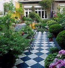 Narrow Garden Design Ideas Garden Shape Ideas