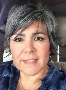salt and pepper short hairstyles for women over 50 gray hair getting longer silver grey hair grey hair inspiration short grey hair