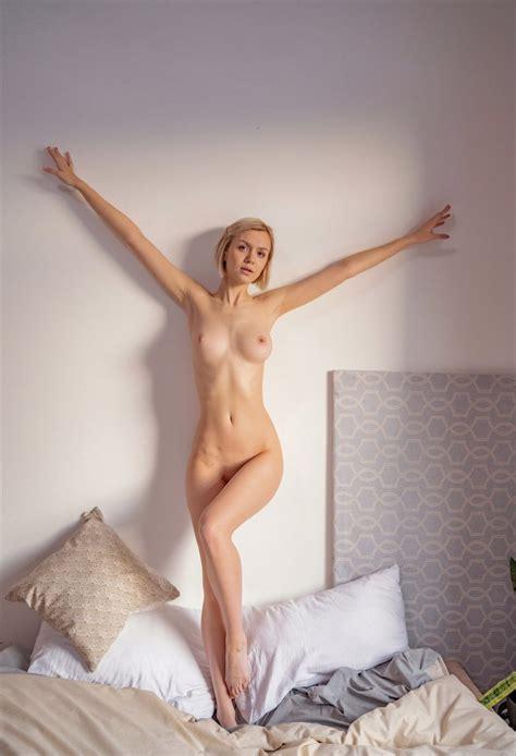 Dead Or Alive Nude Screenshots
