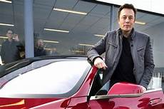 As Tesla Shares Hit 250 Ceo Elon Musk Makes 1 1 Billion