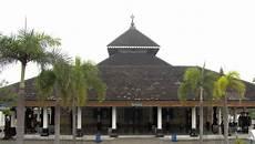 File Masjid Demak Jpg Wikimedia Commons
