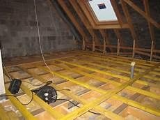 isolation plancher combles aménageables technique r 233 alisation plancher bois combles am 233 nageables