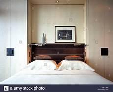 guardaroba da letto neutro moderno letto da letto armadi a muro