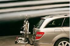 Auto Fahrradträger Anhängerkupplung - fahrradtr 228 ger im test autobild de