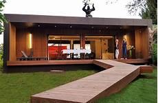 maison design bois maison 131 m 178 dans le var popup house