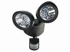 eclairage exterieur avec radar projecteur solaire 2x22led avec radar vente de eclairage