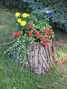 Baumstumpf Im Garten Verschönern - gartendeko basteln naturmaterialien 35 beispiele wie