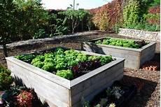 jardin carré potager le potager carr 233 ou potager sur 233 lev 233 facile jardins