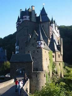 Berg Rheinland Pfalz - burg eltz seit 33 generationen burg in familienbesitz