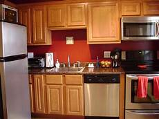 Paint Ideas For Oak Cabinets by Kitchen Wall Color Ideas With Oak Cabinets Design Idea