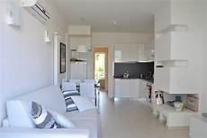 soggiorno con angolo cottura arredamento soggiorno angolo cottura arredamento 2 top cucina leroy