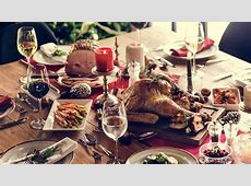 How much does it cost to make Christmas dinner?