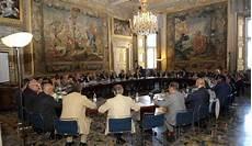 segretario generale presidenza consiglio dei ministri confitarma il consiglio avvia il rinnovo della presidenza