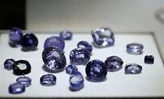 photo opacity faced sapphires from sri lanka