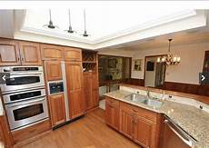 what paint colors work well with cherry cabinets or wainscotting