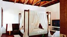 letti con baldacchino tende per letto a baldacchino tessuti da sogno dalani e