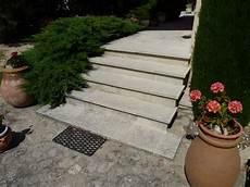 cheminée de jardin escalier en naturelle de provence pour am nagement