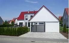 Klassisches Satteldach Haus Modern Interpretiert Mkm