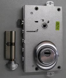 come cambiare serratura porta conversione della serratura a cilindro europeo firenze