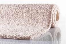 bad teppich rhomtuft badteppich square aspect beige badteppiche bei