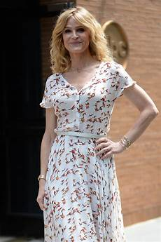 kyra sedgwick kyra sedgwick at the view in new york 07 18 2017 hawtcelebs