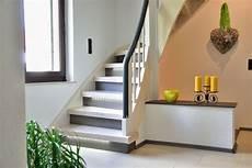 Alte Holztreppe Neu Gestalten - treppenrenovierung und treppensanierung mit laminatstufen