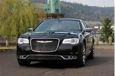 2019 chrysler 300c platinum efficient family car