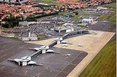 ram clermont ferrand casablanca mohammed v airport terminal i 40 000 m 178 gt 80 000 m 178 5 millions pax gt 7 millions