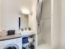 baignoire transformée en avant apr 232 s un studio mal agenc 233 transform 233 en deux