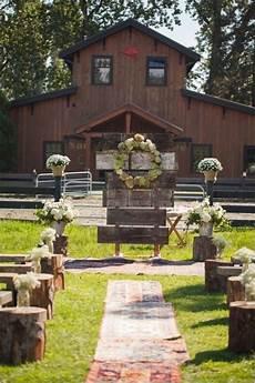 30 barn wedding ideas that will melt your heart deer pearl flowers