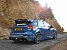 ford focus rs specs photos 2016 2017 2018 2019