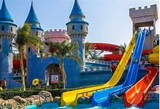 Sommerurlaub 2018 Mit Kindern - aquaparks wasserrutschen hotels mit wasserpark bei weg