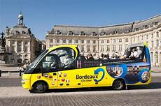 Bordeaux Authentic Tour En Car Cabriolet