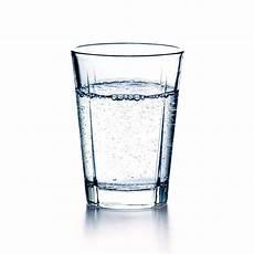 bild im glas wasserglas und glas wasser deutsch coach com