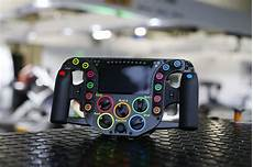 f1 lenkrad ps4 lmp1 technology porsche 919 hybrid steering wheel